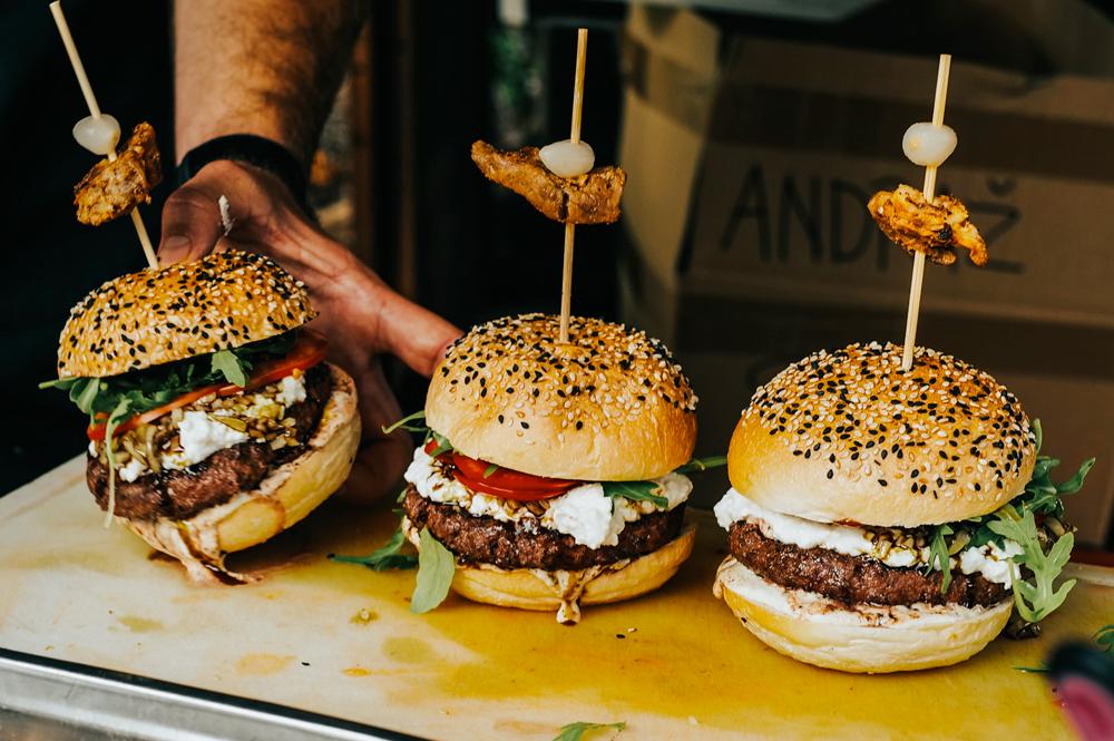 burger burrata olives